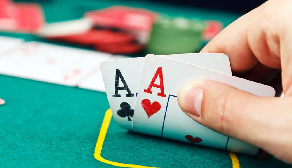 Como apostar no poker?